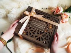 """Подарочный набор в деревянной коробочке """"Особенной"""""""
